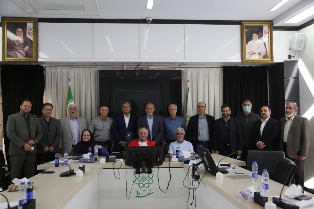 نشست هیات مدیره کانون مربیان فوتبال ایران